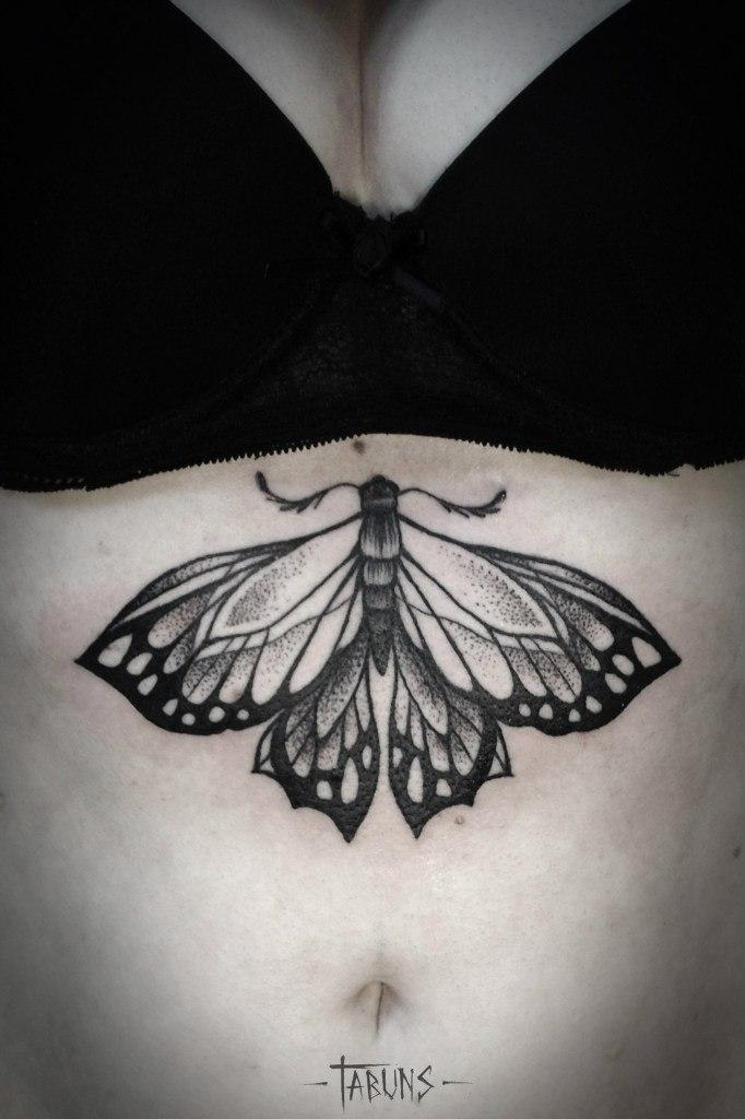 Художественная татуировка «Бабочка». Мастер Александра Табунс.