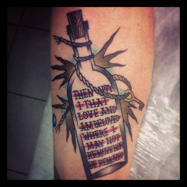 Художественная татуировка «Бутылка» от Валеры Моргунова.