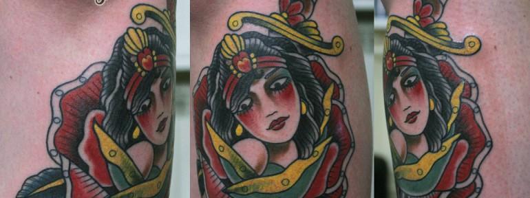 Художественная татуировка «Роза девушка и кинжал». Данила-Мастер