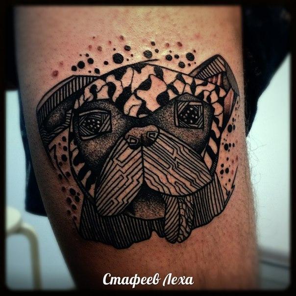 Татуировка собака. Мастер Алексей Стафеев.