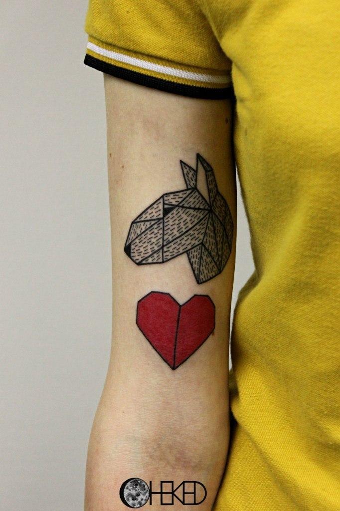 Художественная татуировка «Бульдог» от Алисы Чекед.