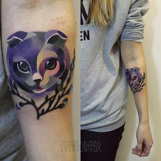 Художественная татуировка «Вислоухий кот» от мастера Саши Unisex.