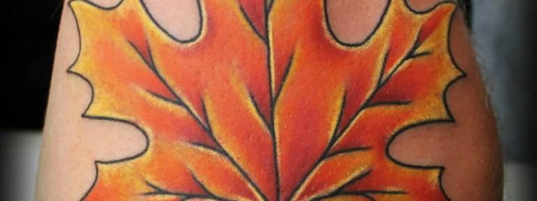 Художественная татуировка кленовый лист. Мастер Женя-Химик