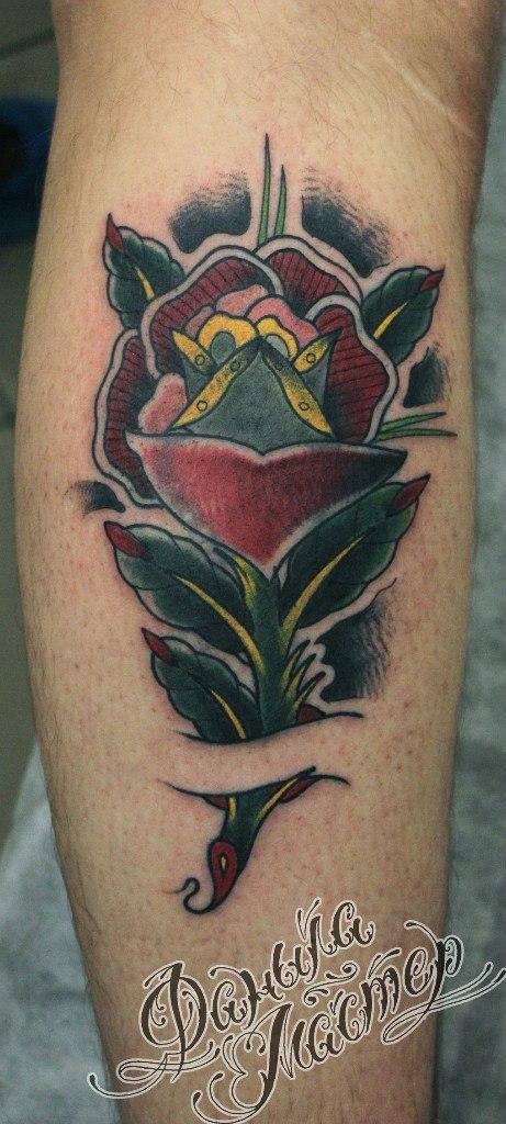 Художественная татуировка «Роза» от Данилы-мастера.