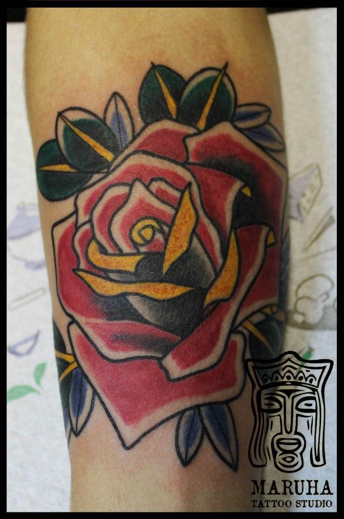 Художественная татуировка «Роза» от мастера Андрей Бойцева.