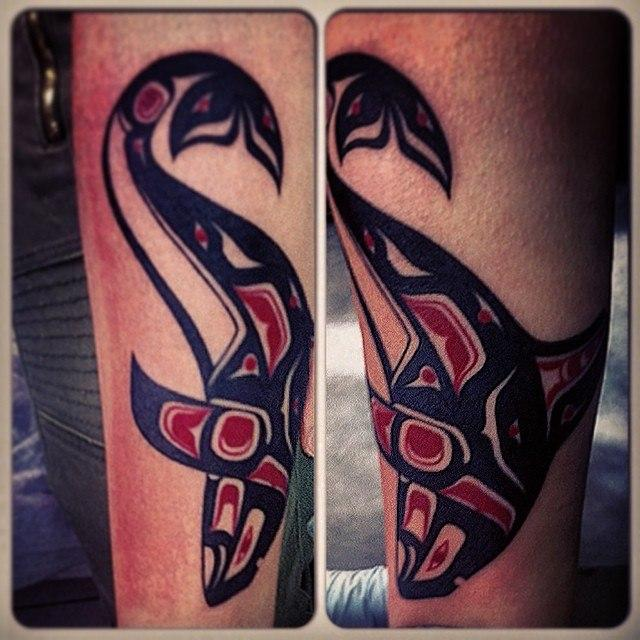 Художественная татуировка «Дельфин» от Валеры Моргунова.