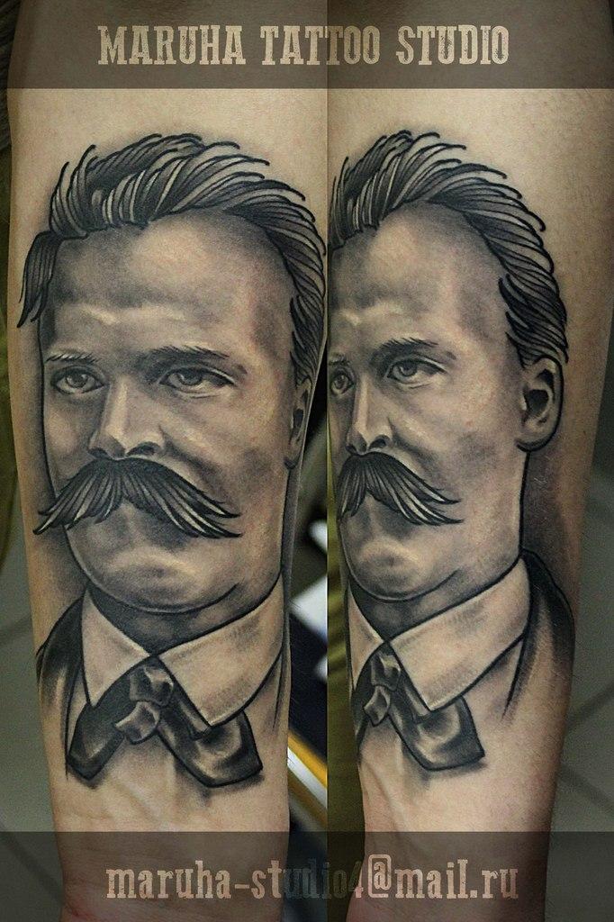 Художественная татуировка «Фри́дрих Ви́льгельм Ни́цше» от Валеры Моргунова. Зажившая работа.
