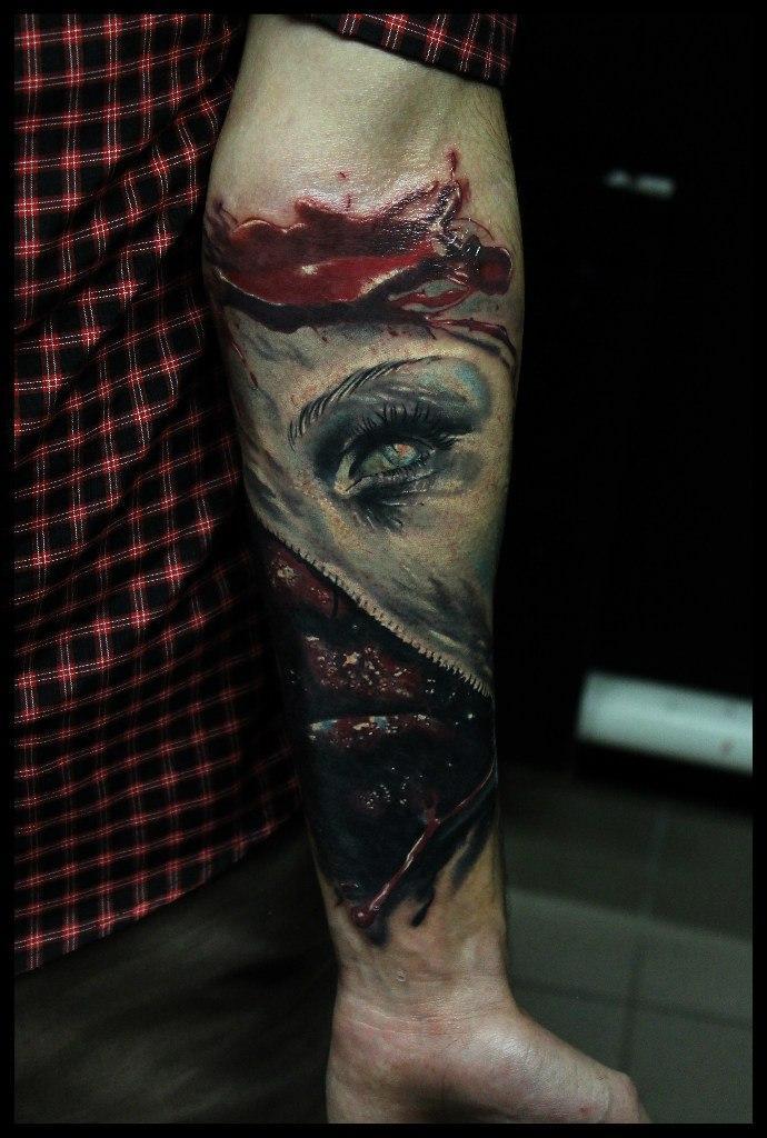 Художественная татуировка «Зомби» от Сергея Хоррора.