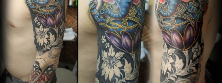 Художественная татуировка «Хохлома» от Евгения Химика. Работа в процессе.