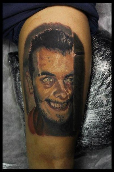 Художественная татуировка «Джозеф Гилган» от мастера Сергея Хоррора.