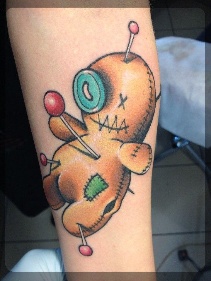 Художественная татуировка «Вуду» от Александра Соды