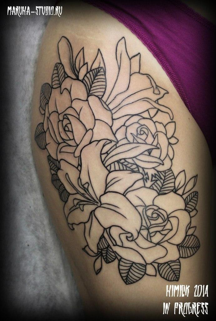 Художественная татуировка «Цветы» от Евгения Химика.