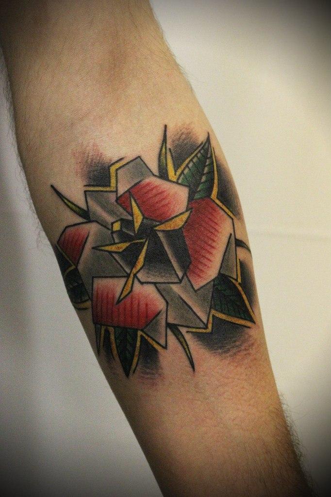 Художественная татуировка «Роза» от Вовы Snoop'a