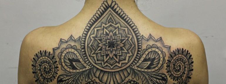 Художественная татуировка «Орнамент». Мастер Алиса Cheked.