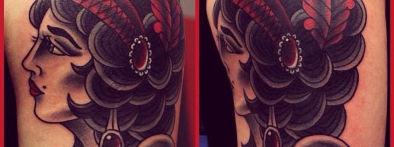 Художественная татуировка «Женщина». Мастер Денис Марахин.