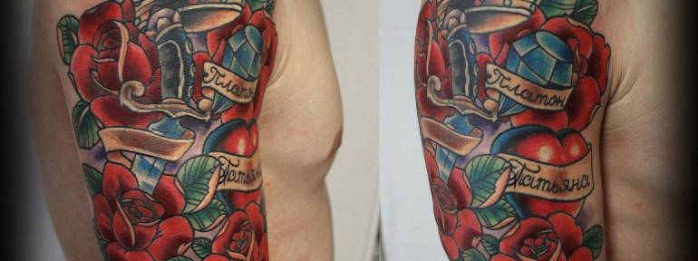 Художественная татуировка «Розы с короной» от Евгения Химика.