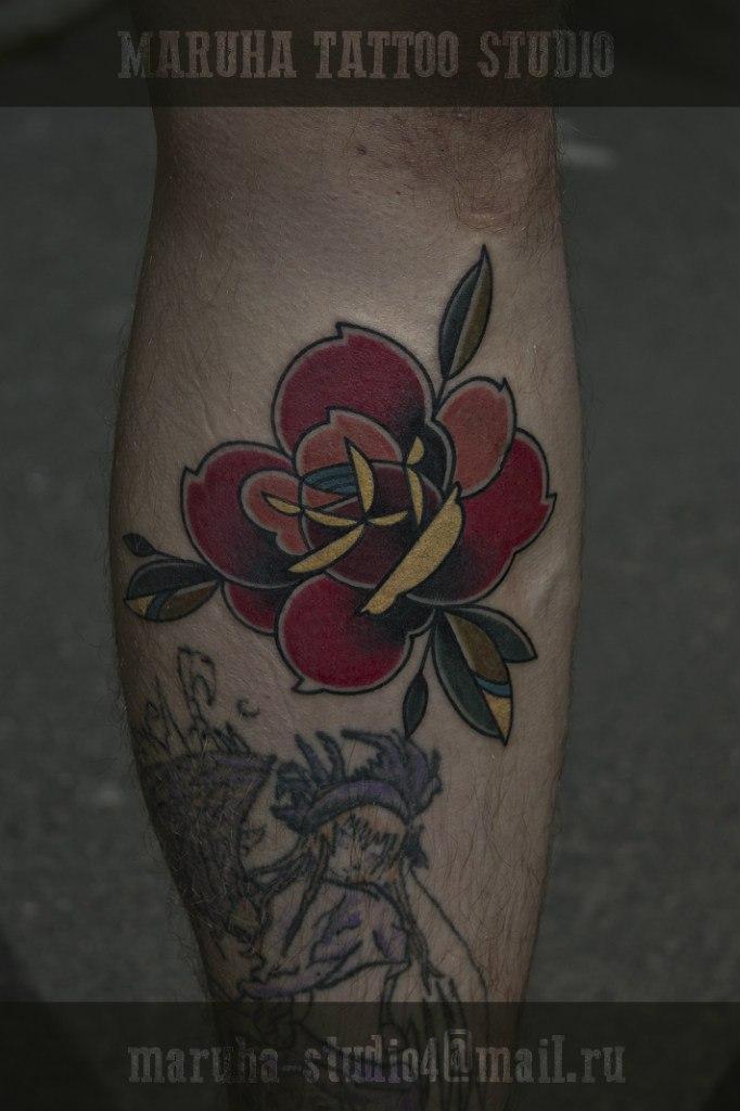 Художественная татуировка «Роза». Мастер Валера Моргунов.