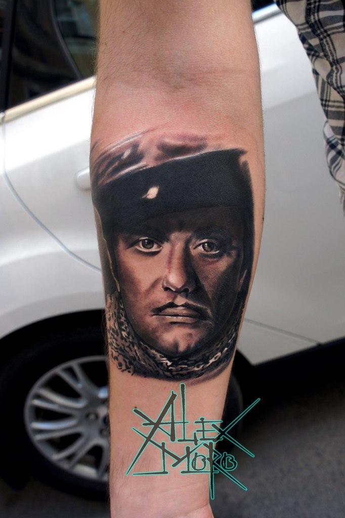 Художественная татуировка «Остап Бендер» от Александра Морозова