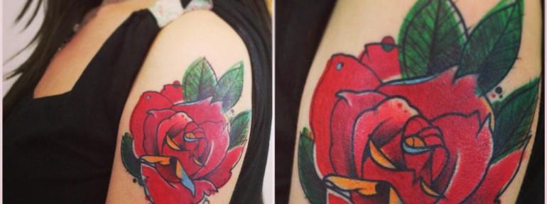 Художественная татуировка «Роза». Мастер Саша Новик.