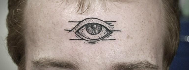 Художественная татуировка «Глаз» от Инессы Кефир