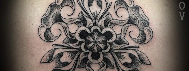 Художественная татуировка «Узор», мастер Юрий Поляков