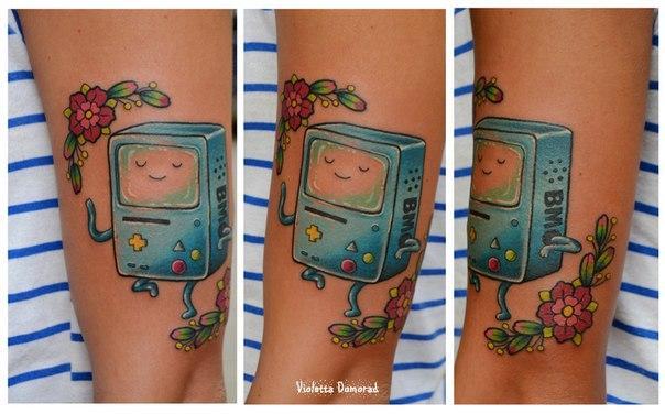 Мастер Виолетта Доморад. Татуировка «Bmo. Время приключений.»