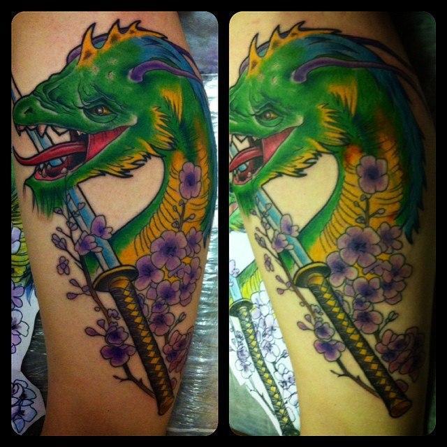 Художественная татуировка  «самурайский дракон». Мастер Евгений Химик.