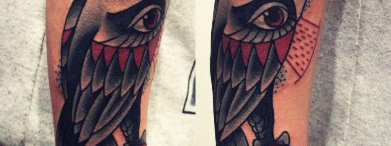 Художественная татуировка «Сова». Мастер Денис Марахин.