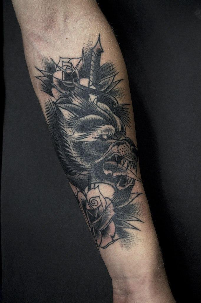 Художественная татуировка «Волк» от Вовы Snoop'a. Зажившая работа.