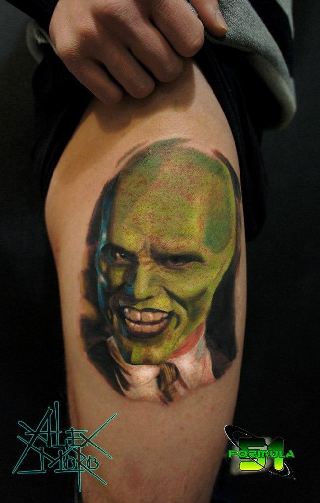 Художественная татуировка «Маска» от Александра Морозова