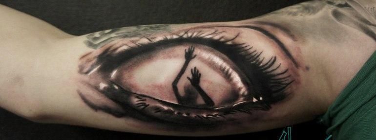 Художественная татуировка «Глаз» от Александра Морозова