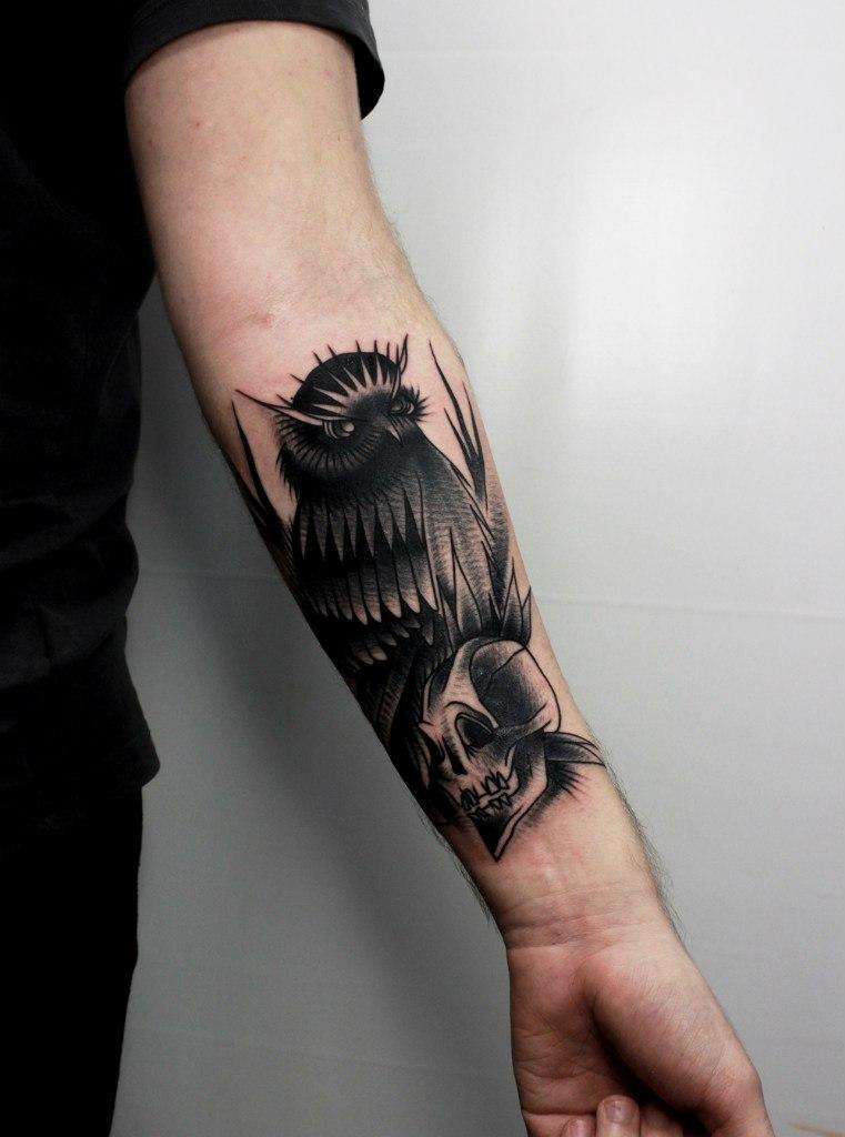 Художественная татуировка » Сова». Мастер Вова Snoop.