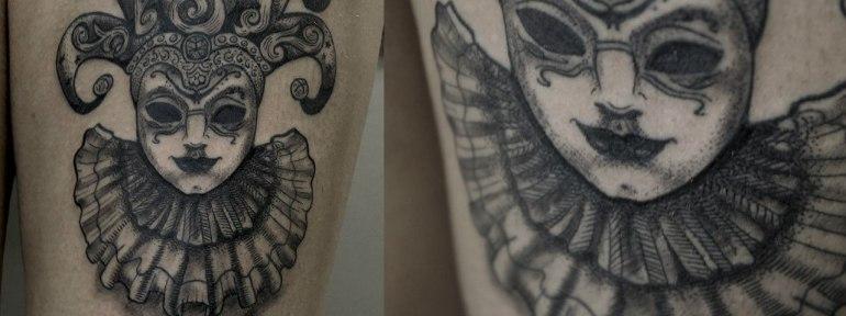 Художественная татуировка «Венецианская маска». Мастер  Ксения Jokris Соколова.