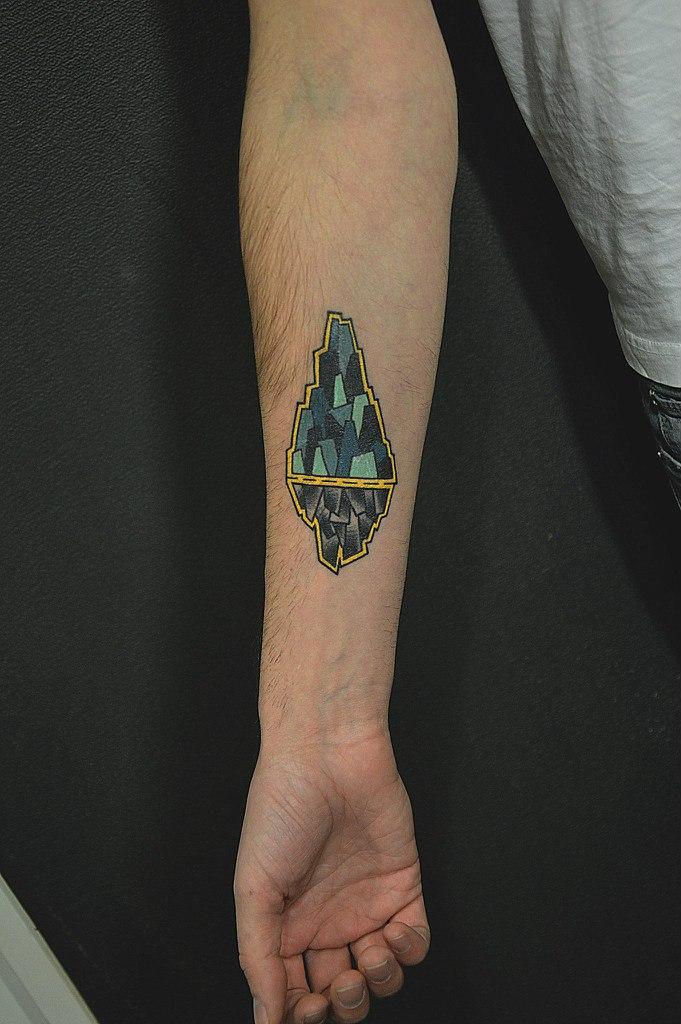 Художественная татуировка «Айсберг» от Валеры Моргунова