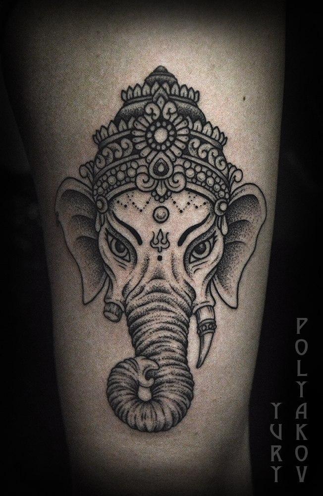Художественная татуировка «Слон» от Юрия Полякова