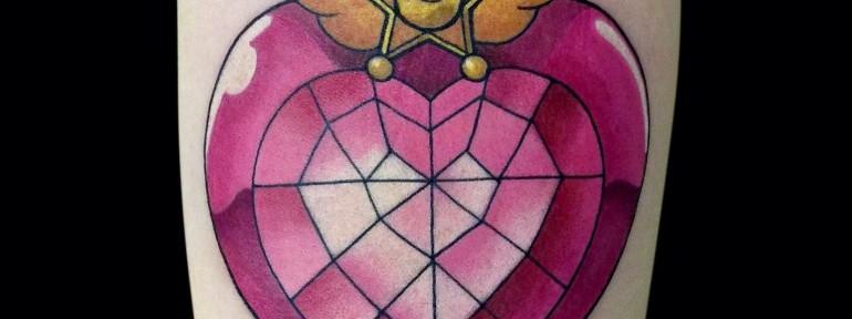 Художественная татуировка «Лунная призма». Мастер Мадина Mary Jane .