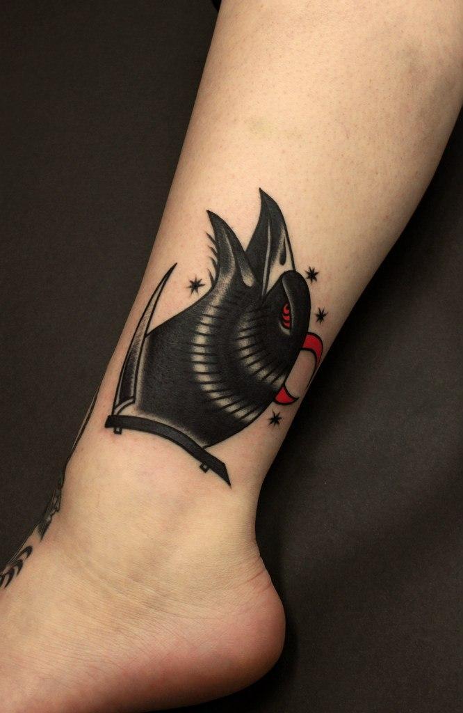 Художественная татуировка «Ворон». Мастер Вова Snoop.