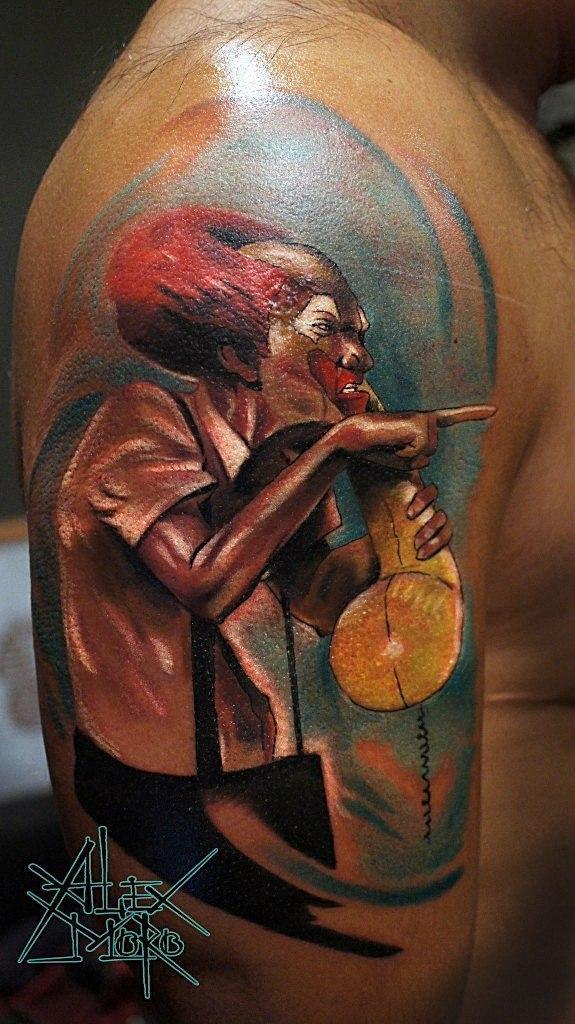 Художественная татуировка «Злой клоун» от Александра Морозова