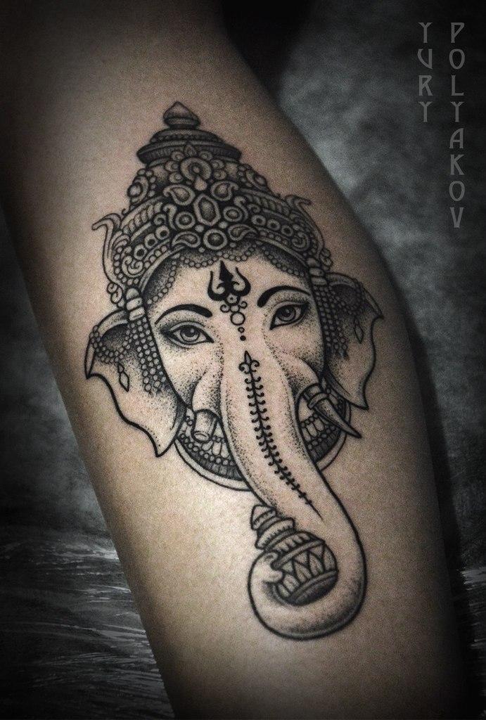Художественная татуировка «Ганеша» от Юрия Полякова