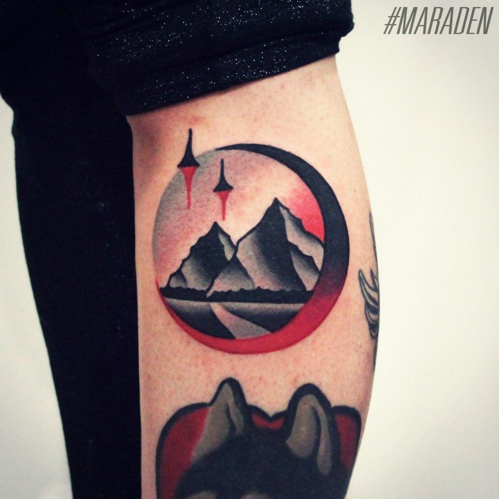 Художественная татуировка «Пейзаж». Мастер — Денис Марахин. Расположение — голень. Время работы — 2 часа. По собственному эскизу.