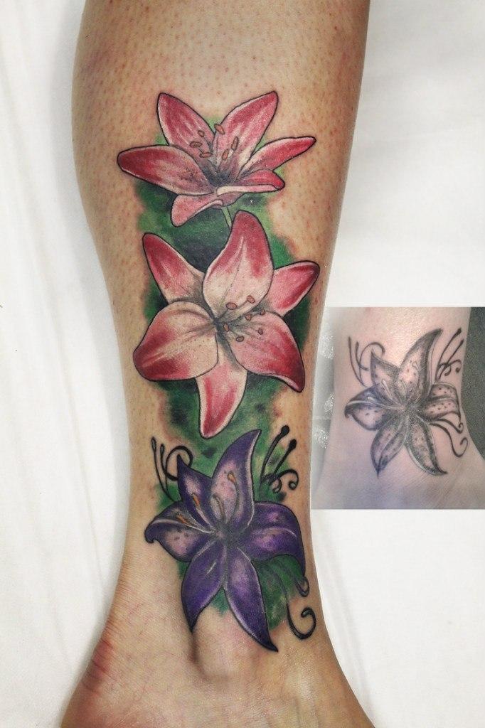 Художественная татуировка-перекрытие от мастера Нияза Фахриева.