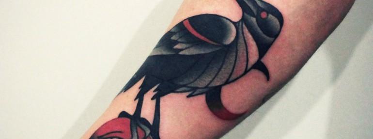 Художественная татуировка «Птица». Мастер — Денис Марахин