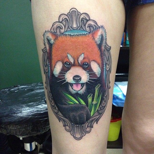Художественная татуировка «Рыжая панда». Мастер Павел Заволока.