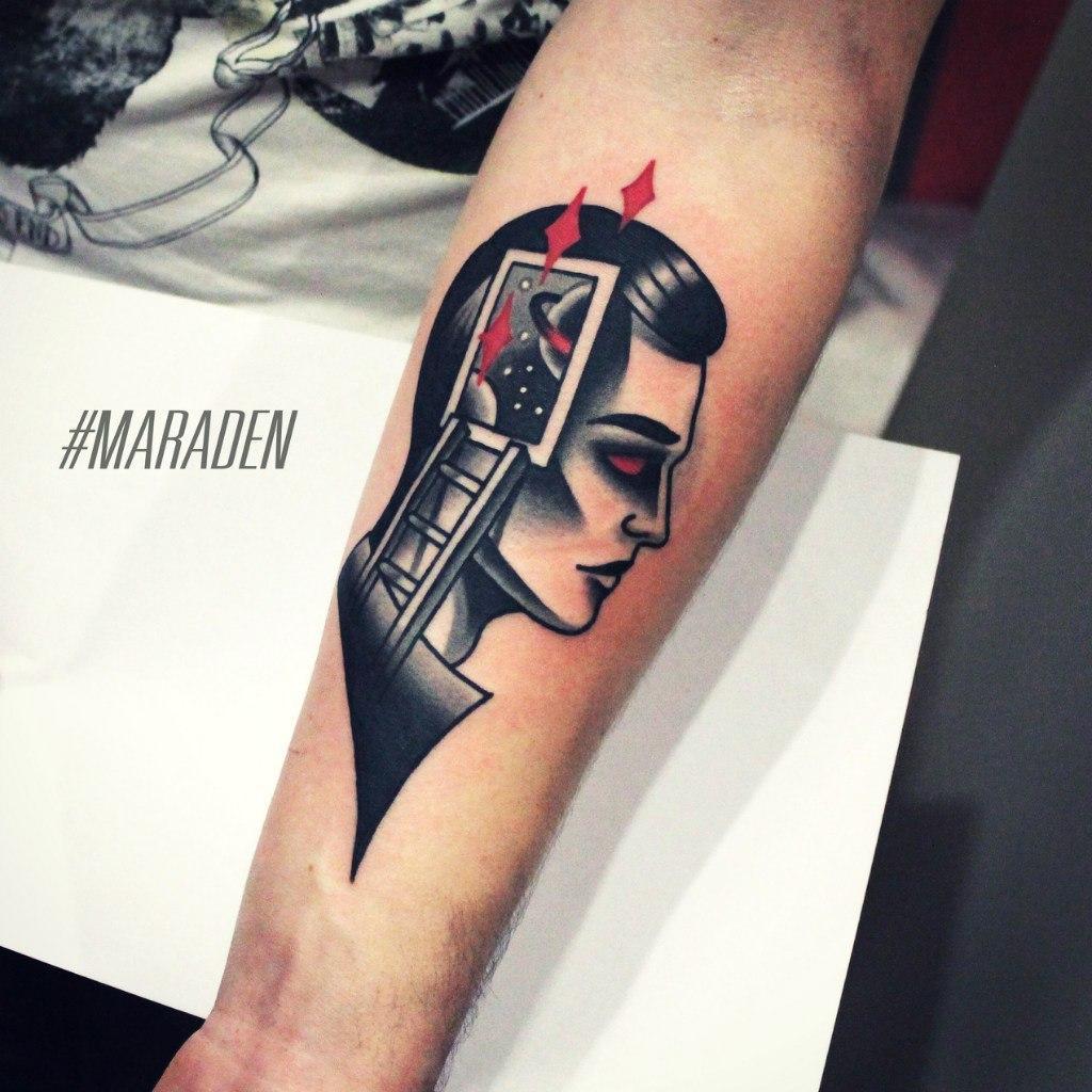 Художественная татуировка «Мужчина». Мастер — Денис Марахин. Расположение — предплечье. Время работы — 4 часа. По собственному эскизу.