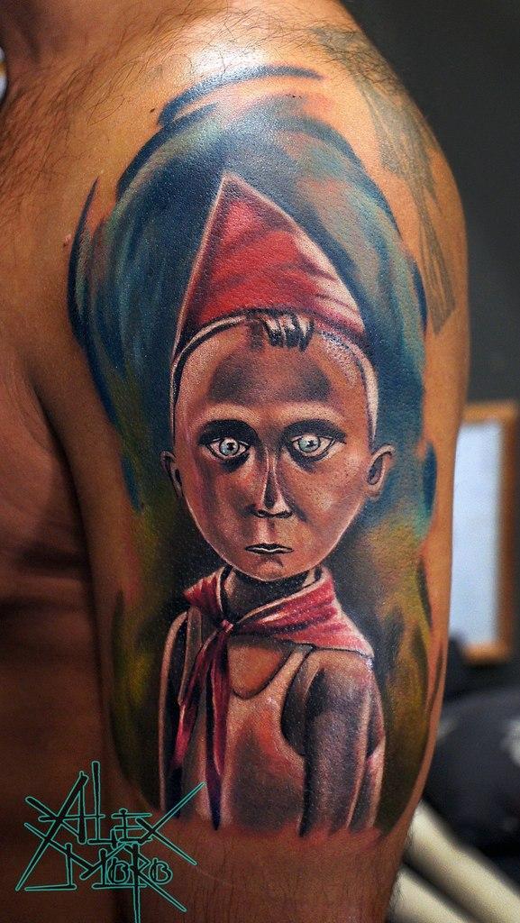 Художественная татуировка «Пионер» от Александра Морозова