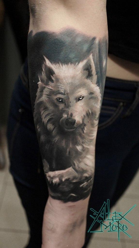 Художественная татуировка «Волк» от Александра Морозова