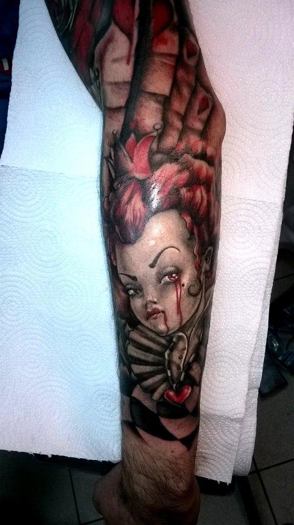 Художественная татуировка «Червонная королева». Мастер — Анна Корь