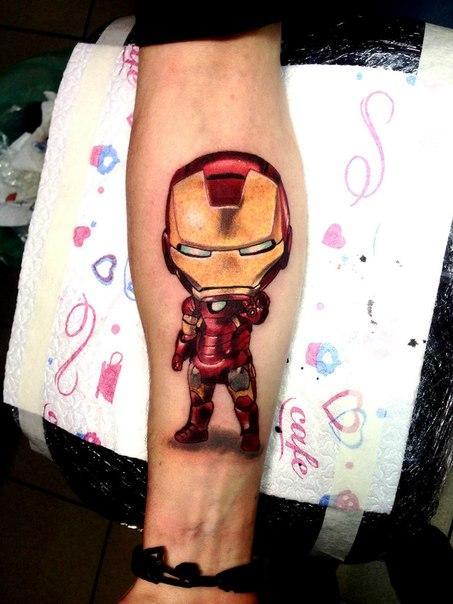Художественная татуировка «Железный человечек». Мастер Нияз Фахриев.