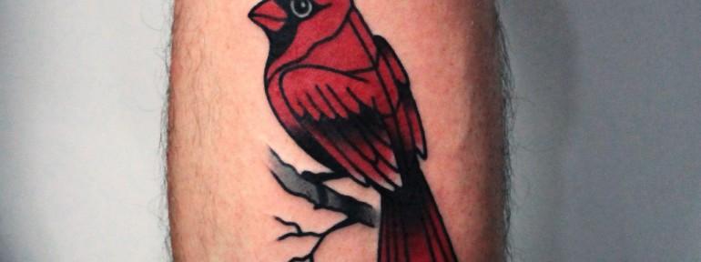Художественная татуировка «Птичка». Мастер — Денис Марахин
