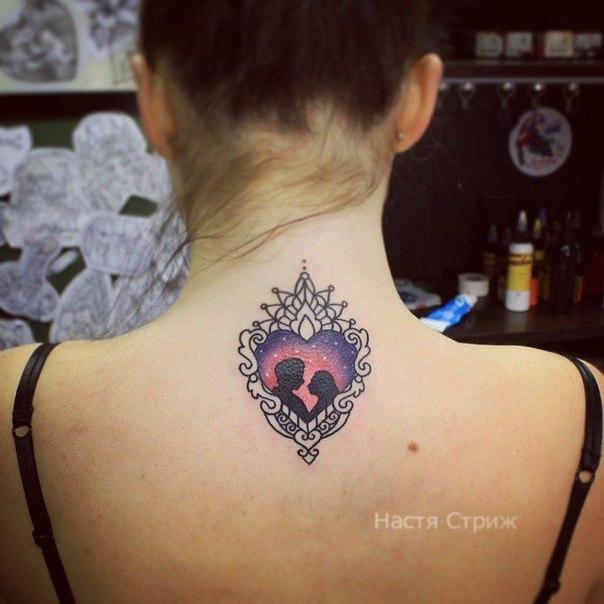 Художественная татуировка «Влюблённые». Мастер Настя Стриж.